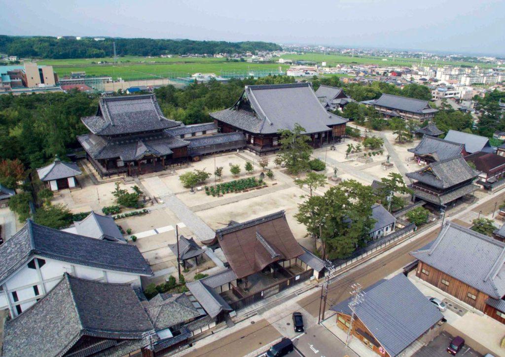 高田本山俯瞰